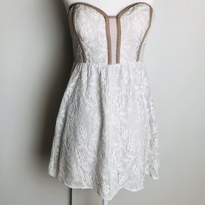 Pins +. Needles Tube Top White Lace Lavender Dress